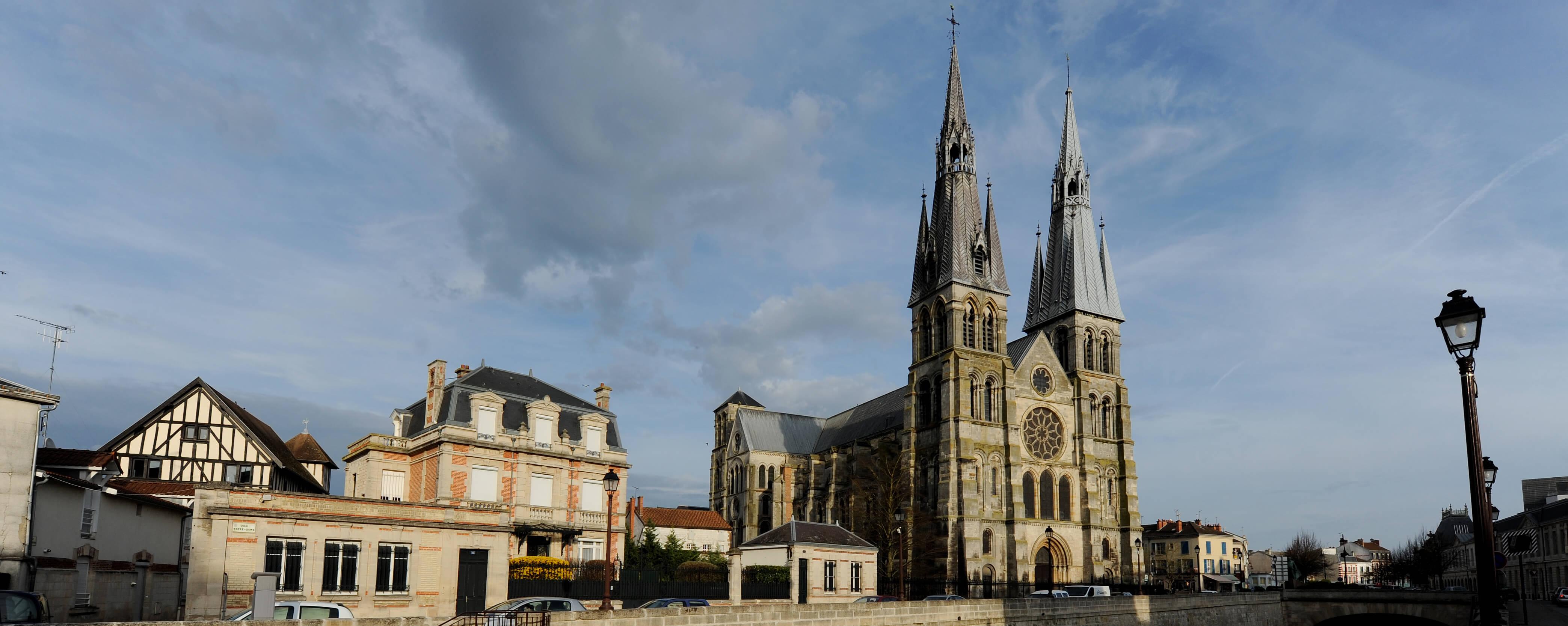 Eglise Notre-Dame-en-Vaux©ACIR / JJ Gelbart