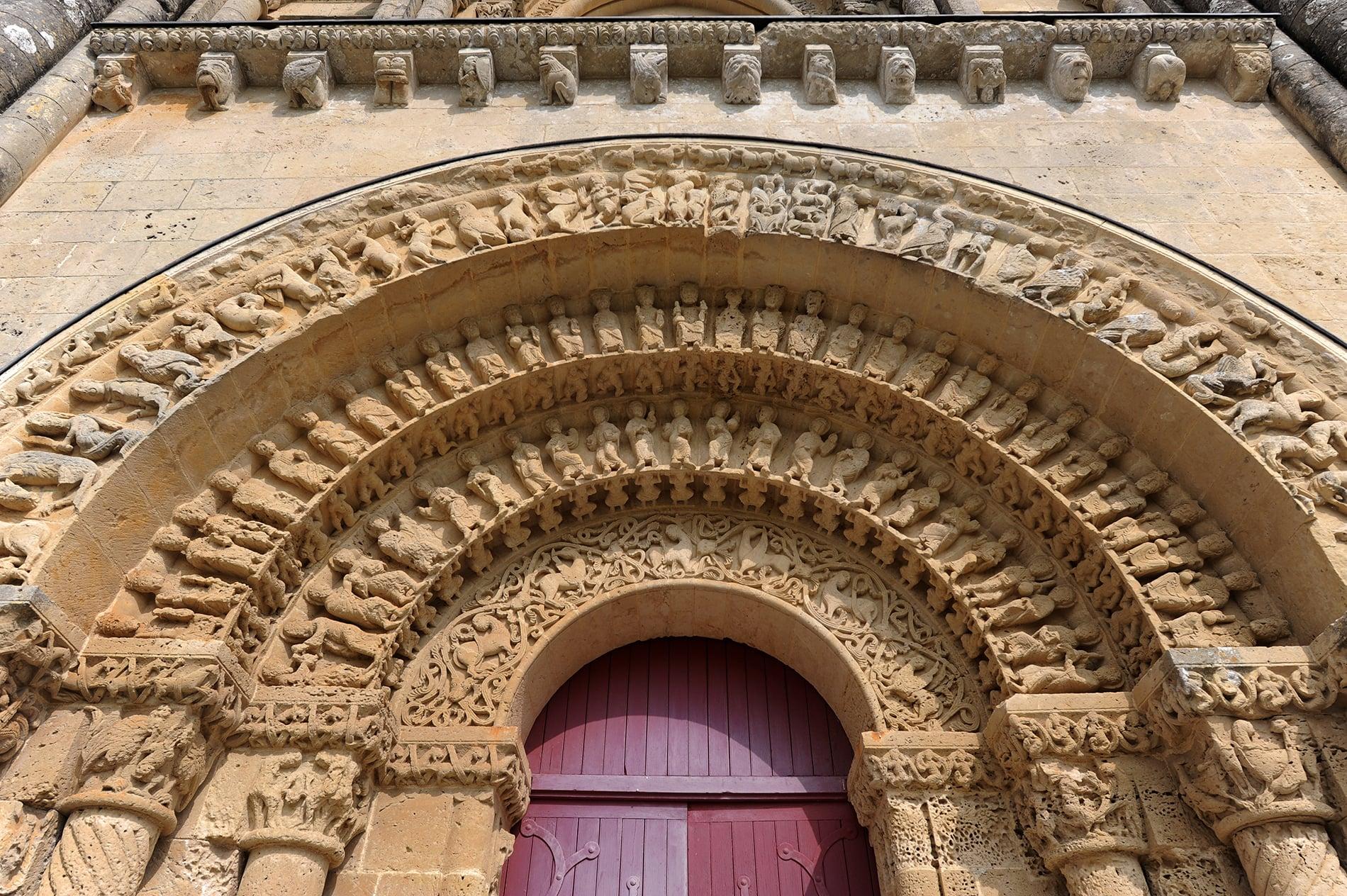Eglise Saint-Pierre©ACIR / JJ Gelbart