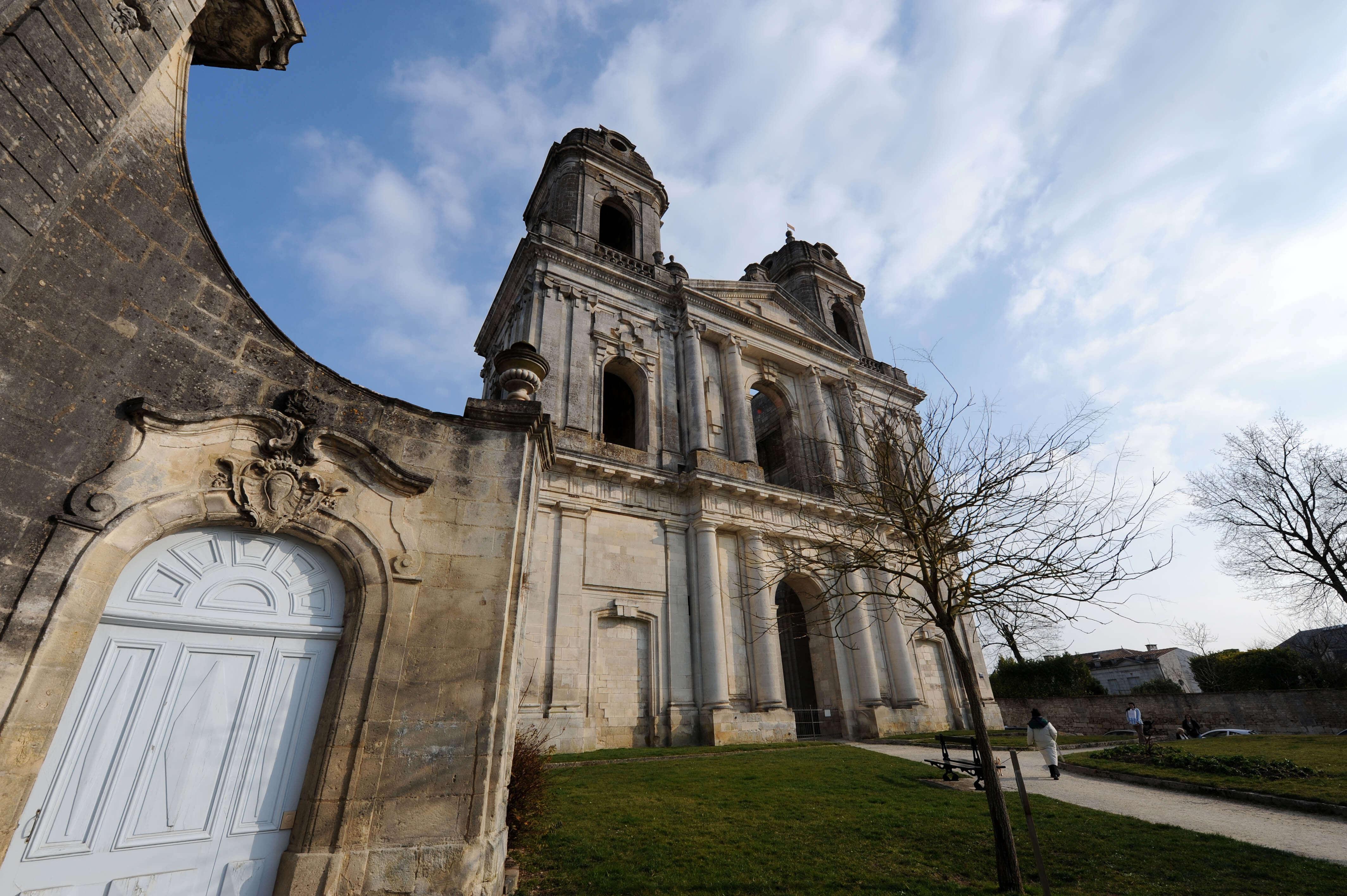 Abbaye royale Saint-Jean-Baptiste©ACIR / JJ Gelbart