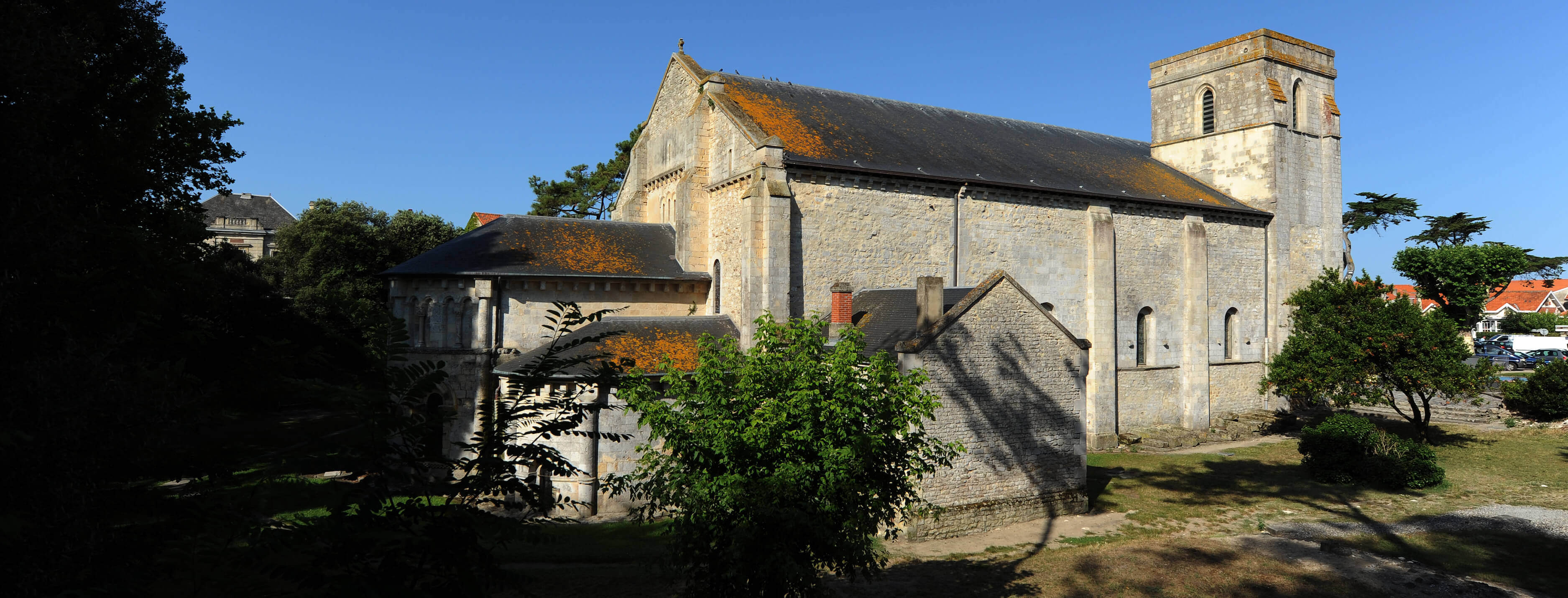 Eglise Notre-Dame-de-la-Fin-Terres©ACIR / JJ Gelbart